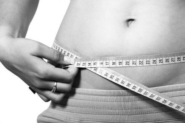 肥満の定義とは? 自分自身が肥満かどうかチェックしてみましょう!のアイキャッチ