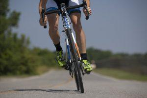 炎天下自転車コギ!夏サイクリングの注意点やお役立ちアイテムのアイキャッチ