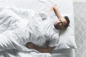 季節によって必要な睡眠時間に差があるの?のアイキャッチ