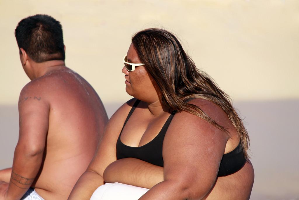 夏に太る人と痩せる人、違いはどこに?のアイキャッチ