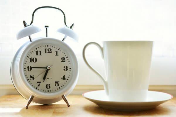 こうすれば起きられる!爽快目覚めテクニックのアイキャッチ