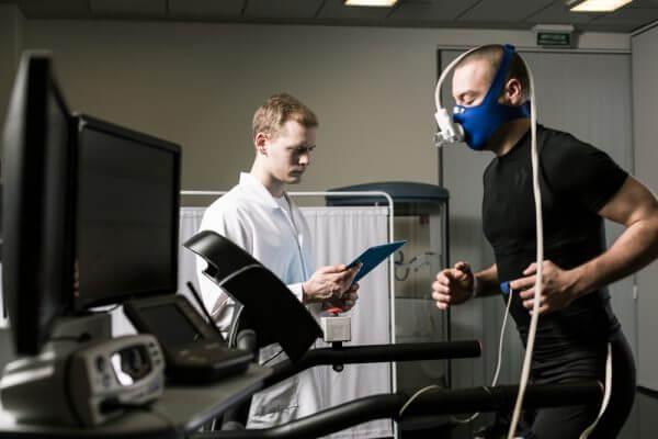 低酸素トレーニングのメリットや効果を調査のアイキャッチ