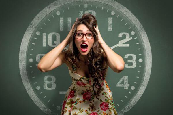 人間の体内時計とは。体内時計が乱れる原因とリセット法のアイキャッチ