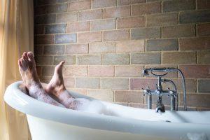 サラリーマンの疲れをリセットするおすすめ入浴剤10選のアイキャッチ