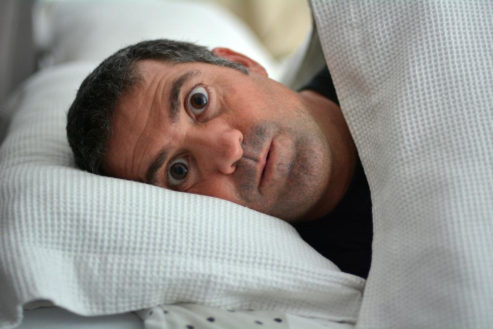 どうすれば深く眠れるのか?睡眠の質を高める方法のアイキャッチ